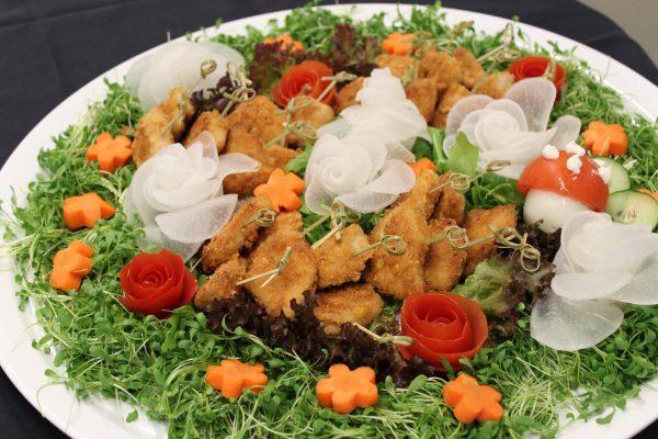 Schnitzel auf Blumenwiese